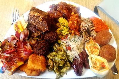 Overdådig buffet-mad hos Yamm
