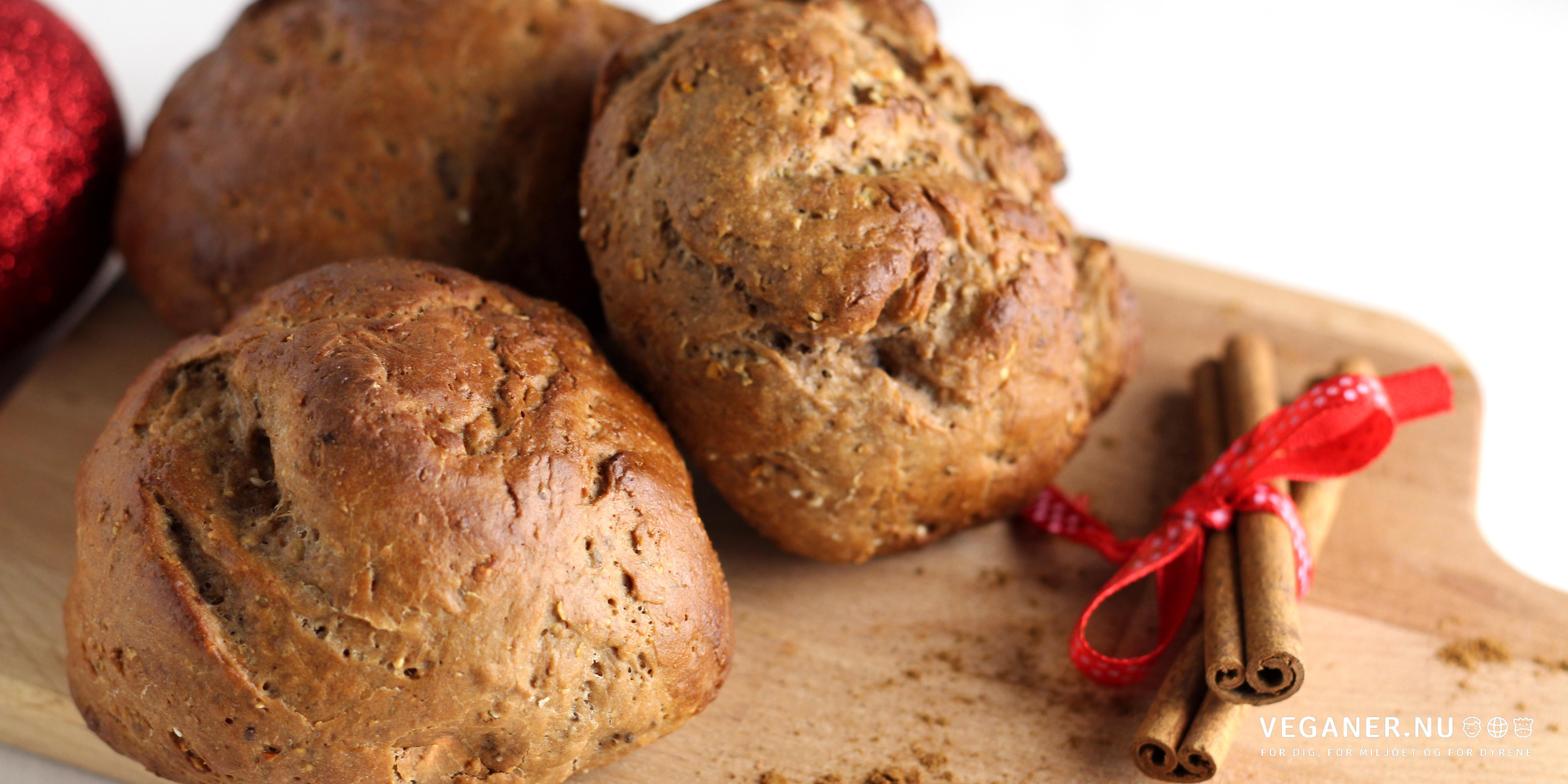 Juleboller med nougat, appelsin og varme krydderier