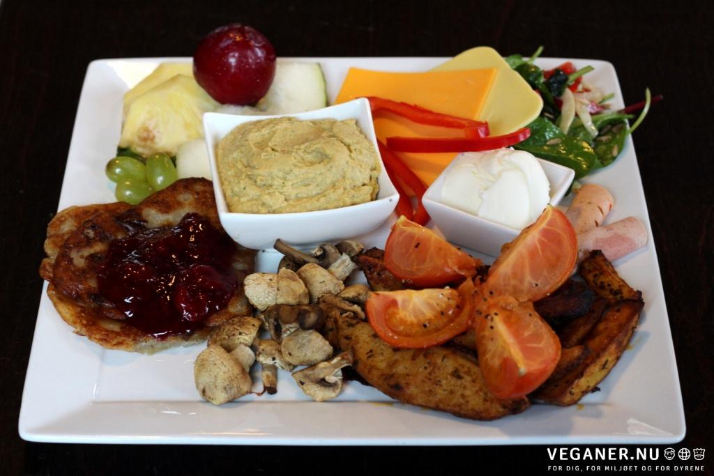 Veganer-nu-Gimle-brunch-Roskilde