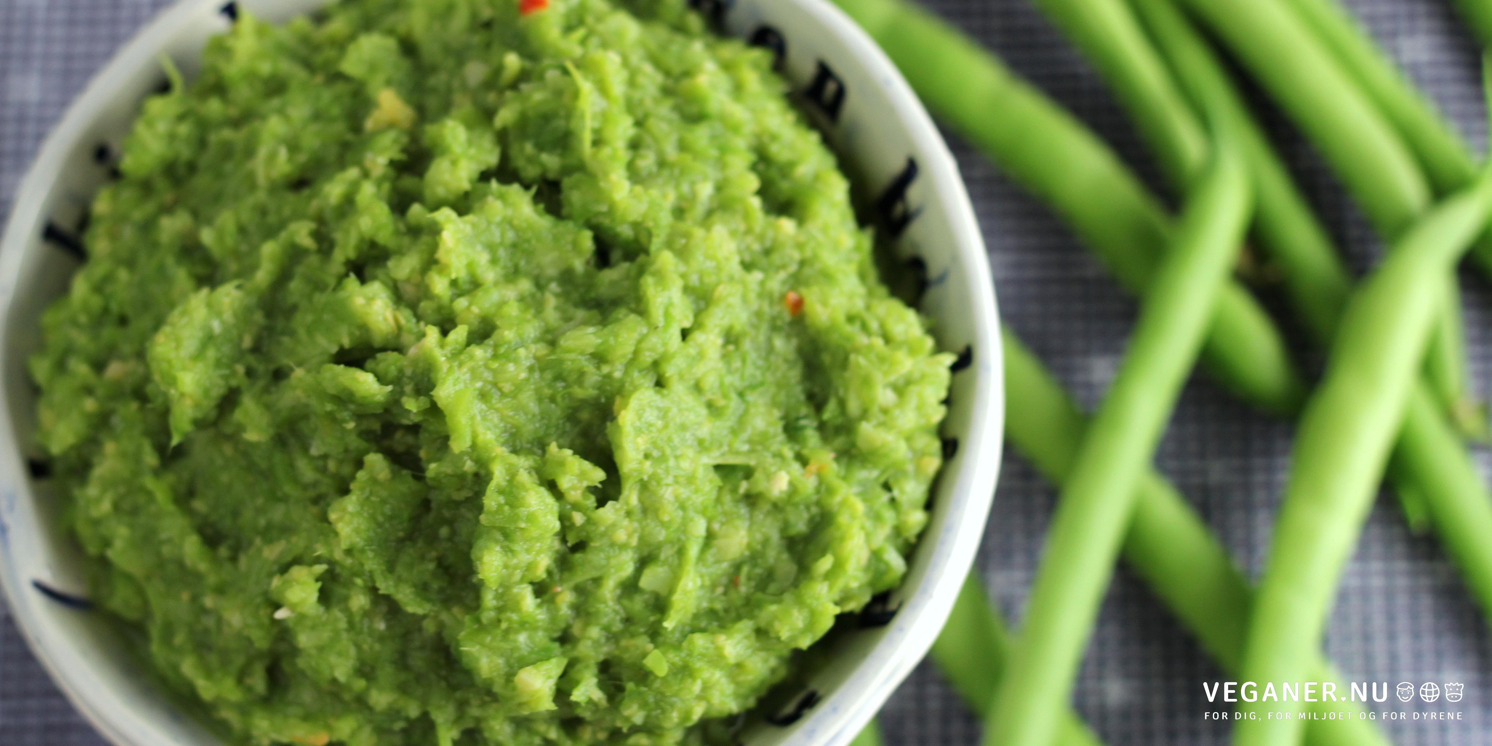 Grøn bønnespread med kikærter, chili og lime